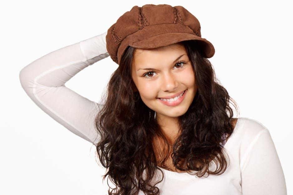 Las gorras, complemento de lujo (Gloslifestyleblog).3